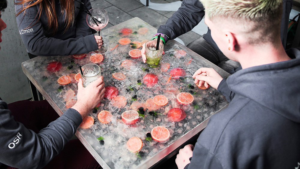 gin and tonic tables 1