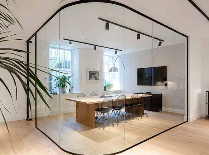 MERRION-SQUARE_ROOM-VIEW